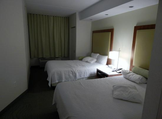 SpringHill Suites Fairfax : Bedroom