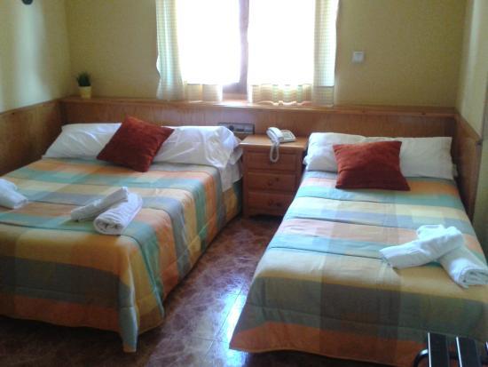 Hotel Sanchez: Habitación Triple