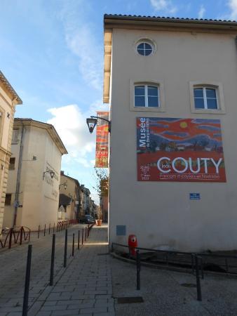 Musee de Bourgoin-Jallieu : Affiche de l'Exposition Couty.