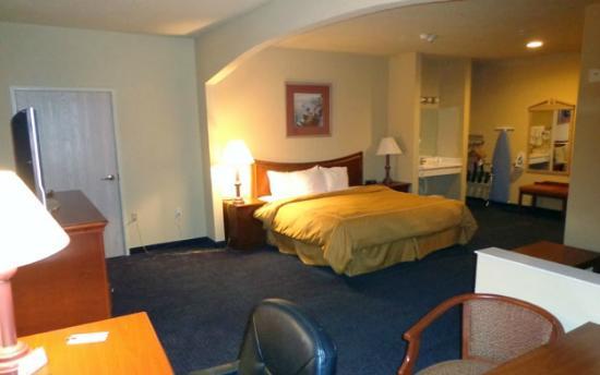 Americas Best Value Inn & Suites-Abilene Mall : Executive Suite
