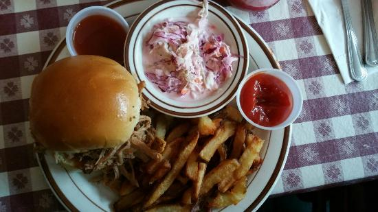 Cowgirl: Pulled pork