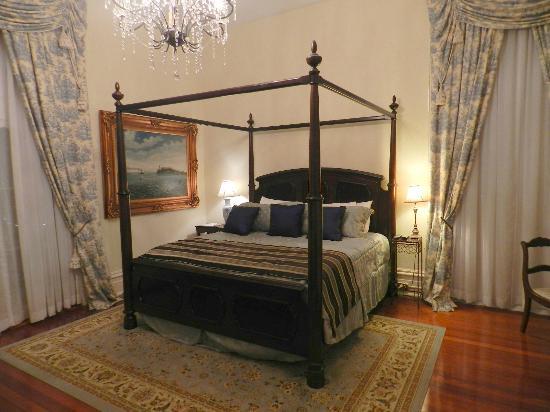 The Dansereau House: Caldwell Room