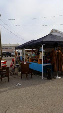 Nashville Flea Market One Of The Many Vendors