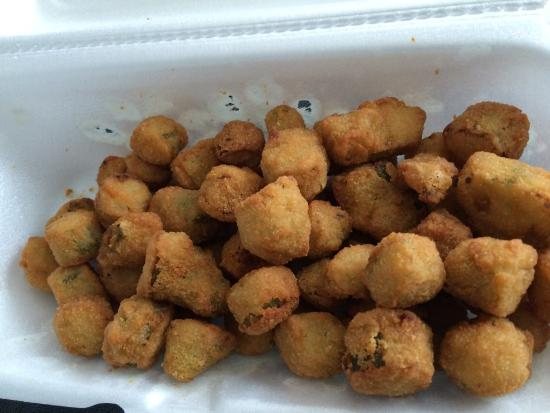 Riverport Barbeque : The fried ocra is delicious.