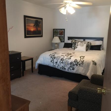 Island club resort and spa condominium reviews for 186 davenport salon review
