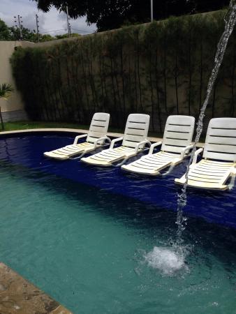 Imperial Palace Hotel: Vista da piscina, na estadia em que fiquei no Hotel