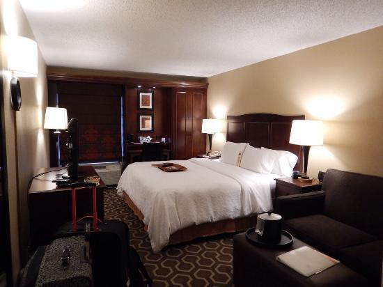Hampton Inn Tampa International Airport / Westshore: King suite with couch room 428. Nice room but bathroom door broken