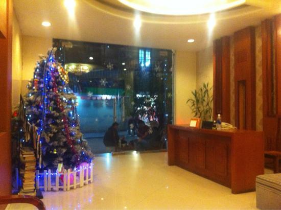 Hanoi Holiday Diamond Hotel : Foyer
