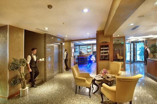 Hotel Momento: Lobby