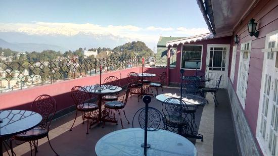 Travellers' Inn: Rooftop Terrace