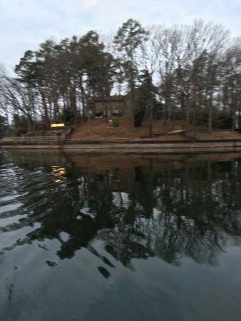 National Park Duck Tours: Hamilton House