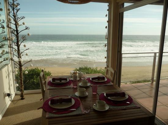 Dune Guest Lodge: Blick vom Frühstücksraum aufs Meer