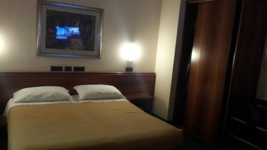 зеркало - Picture of Hotel al Pino Verde 81aea894266e