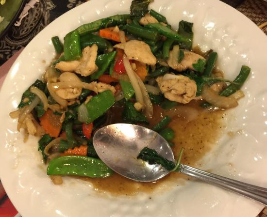 Spicy Chicken Basil Picture Of M Thai Kitchen Edgewater