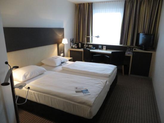 Mercure Hotel Berlin City: Camera doppia