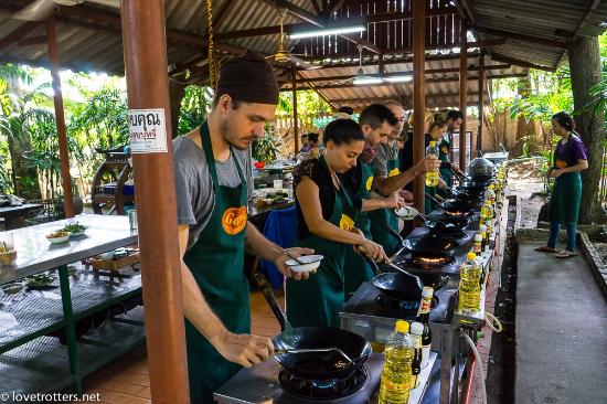 Gap's School of Thai Culinary Art: the open air kitchen