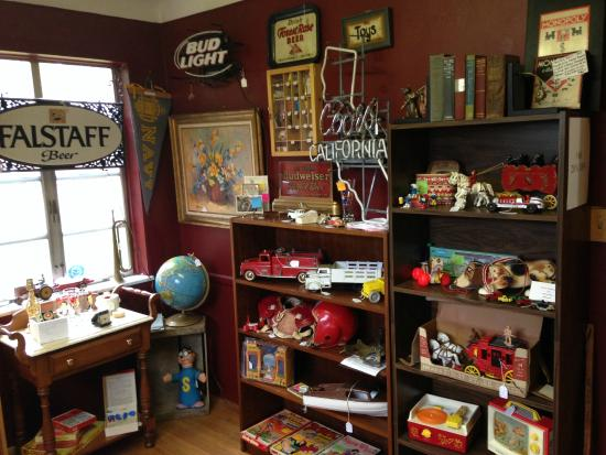 HH Antiques, Collectibles & Gifts