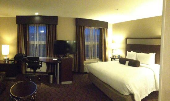Residence Inn Boston Needham: bedroom