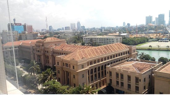 Old Parliament Building: View from Galadari hotel