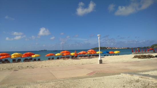 Sea View Beach Hotel : Vista de Great Bay, tirada de dentro do Sea View Hotel