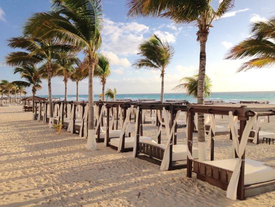 Hyatt Zilara Cancun Beach Cabanas Best On The