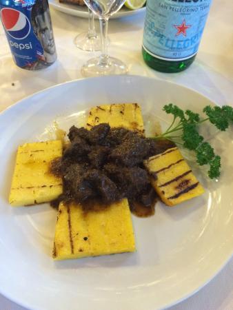 al Roccolo: Spezzatino di cinghiale e polenta