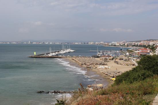 Sun Coast Resort: по дороге к пляжу...вид прекрасный