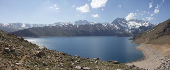 Santiago, Chile: Laguna Negra / Cajón del Maipo, Chile / Deep Andes