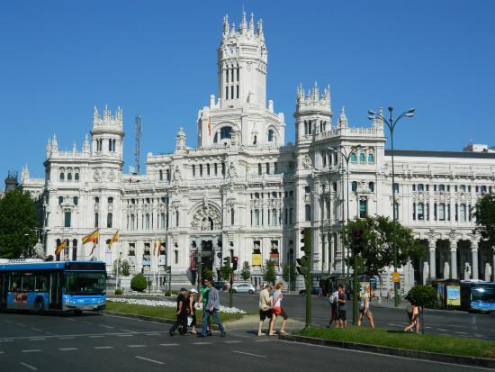 Ronda de atocha picture of paseo del prado madrid for Hoteles en la calle prado de madrid