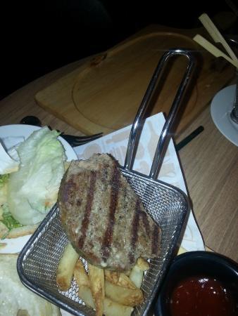Fei Ni Restaurant (ZhengDa LeCheng)