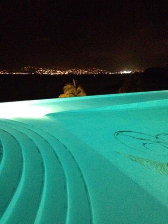 Hotel Bakoua: Piscine