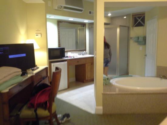 Suite 2 picture of cypress pointe resort orlando - 2 or 3 bedroom suites in orlando florida ...