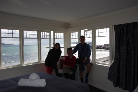 Moana Lodge: The corner room