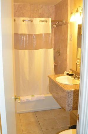 The Wilkie's Inn - Clarion Collection: Bathroom (read instructions to use shower faucet)