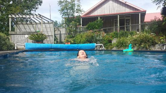 Sunhill Cottages : Water was so warm