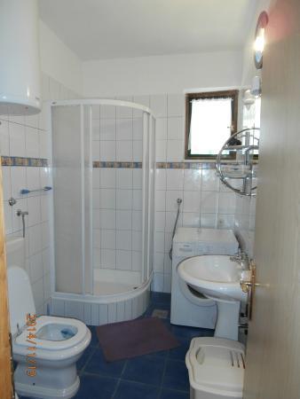 House Klaudija: second bathroom