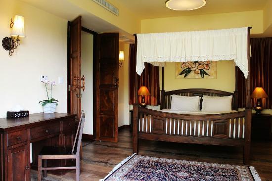 Shewe Wana Suite Resort : 1 Bedroom suite with Jacuzzi