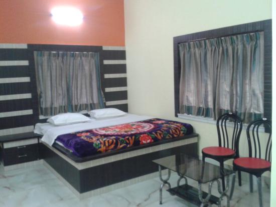 Vasundhara Inn