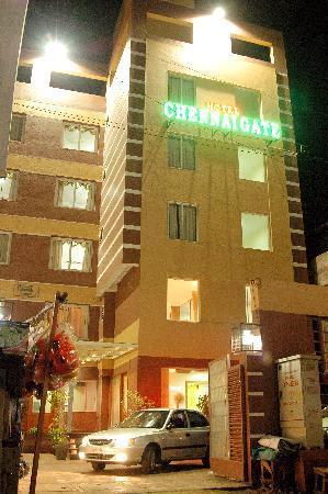 Chennai Gate Hotel: Hotels in egmore railway station