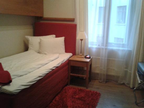 Best Western Hotel Duxiana: room