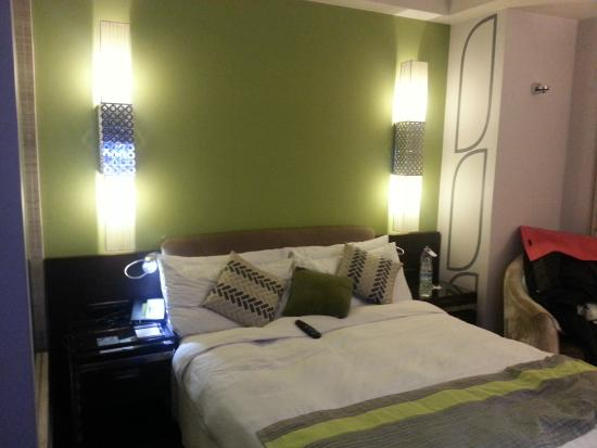 Leisure Inn West Gurgaon: The cosy bed