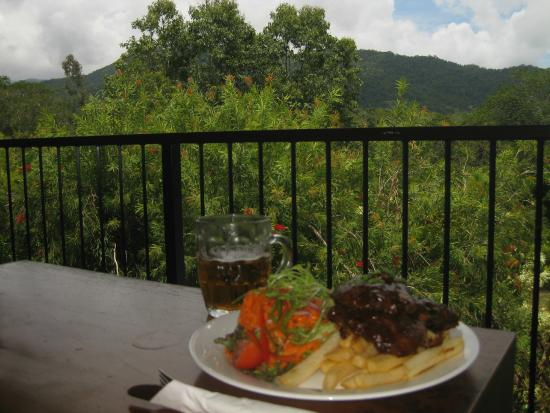 The Highlander Tavern: Ribs with a view