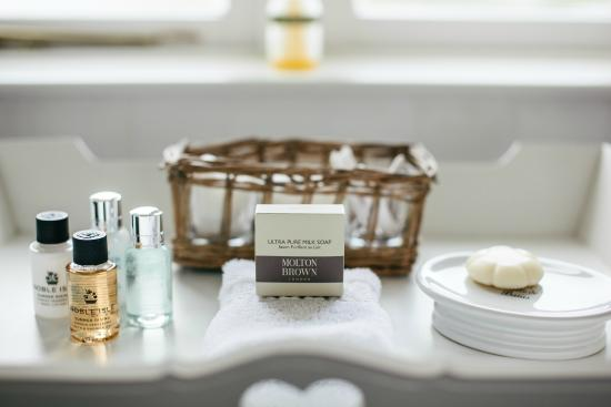 Trefloyne Manor: Luxury Bath Products