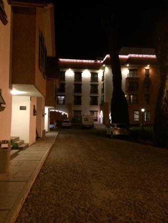 Flamingo Inn: Edificio de los cuartos Tipo Ejecutivo.