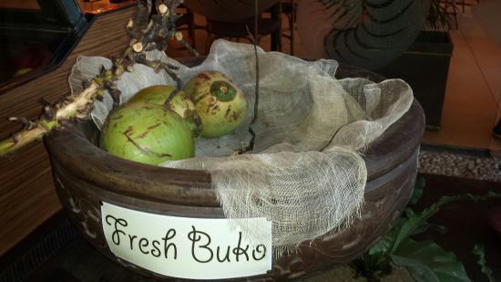 Oyster Bay Seafood Restaurant: Buko bar