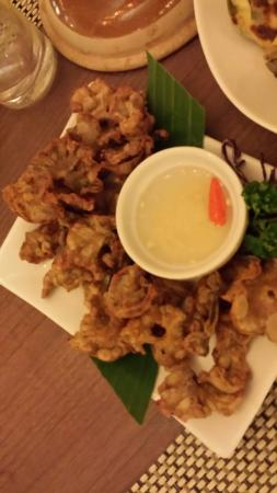 Oyster Bay Seafood Restaurant: Chicharon bulaklak( fried intestine)