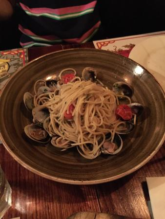 Pino's: The spaghetti with clams