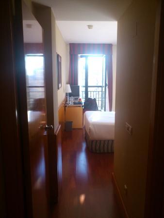 Leonardo Hotel Madrid City Center : Habitación Standard 617