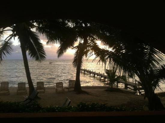 Banana Beach Resort : The view out our front door