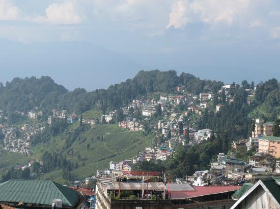 Sinclairs Darjeeling : View from Hotel lobby